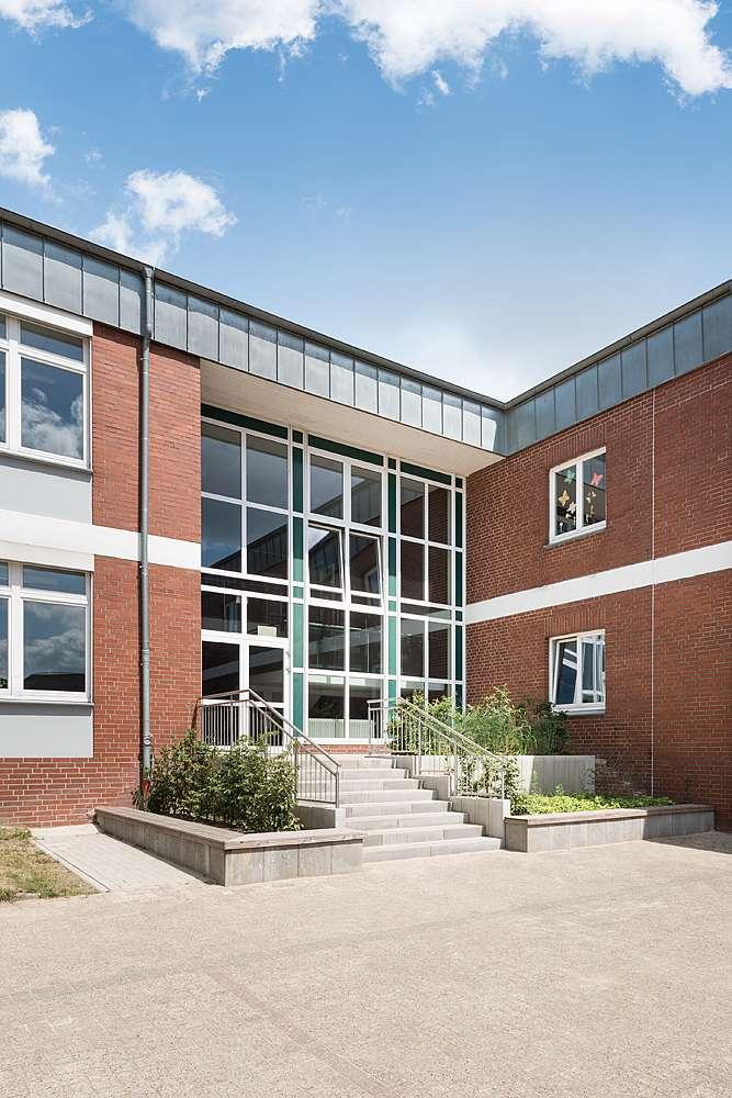 Bramlage-Schwerter-Architekten-Vechta-Grundschule-Langfoerden_0001